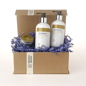 normal_organic-gift-set-for-hardworking-hands